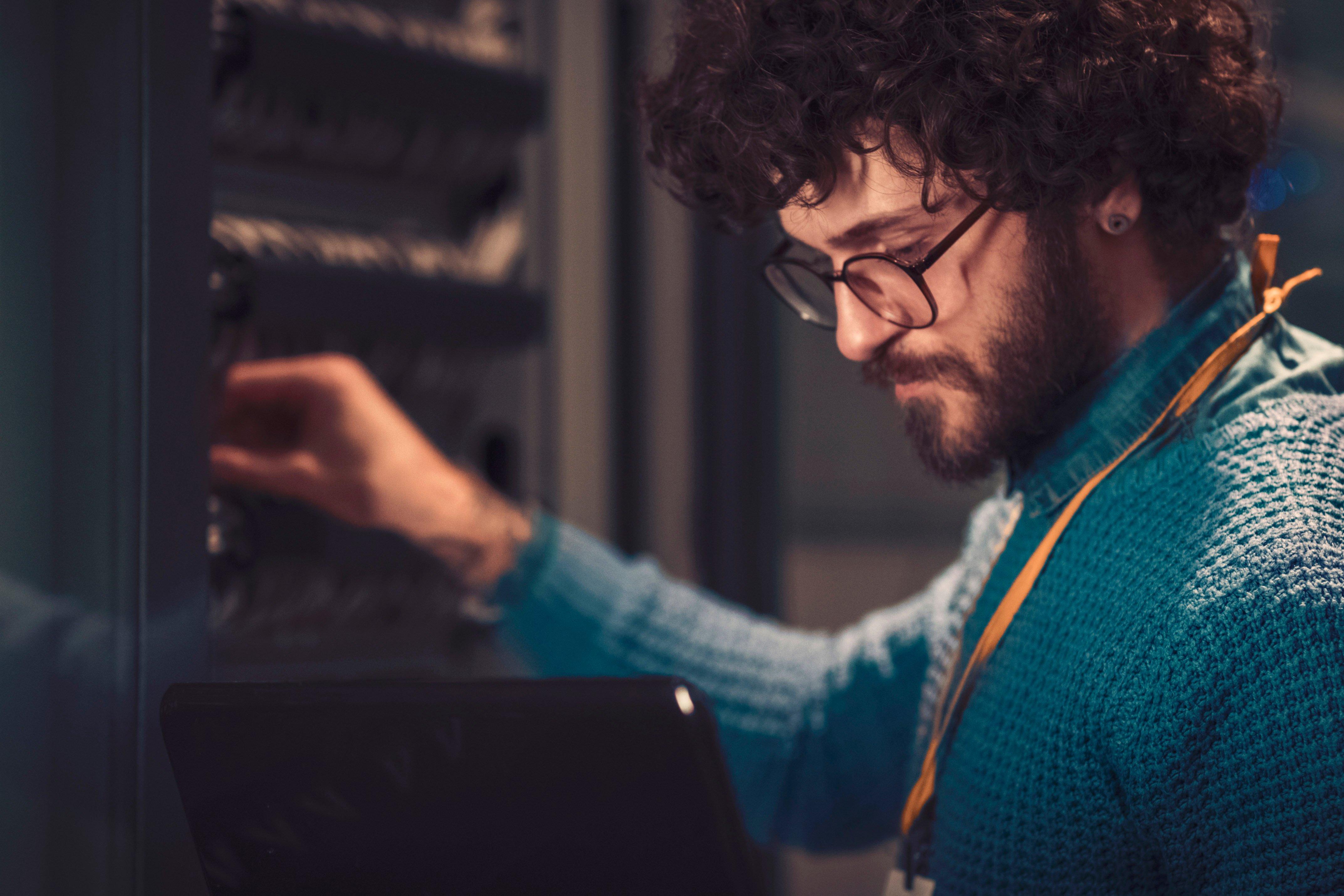 SIA Semcon Intelligent Assistant - service technician